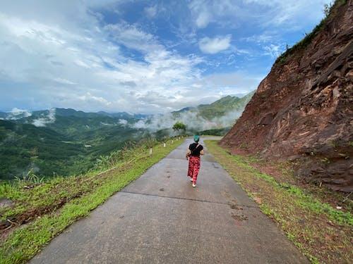 Fotos de stock gratuitas de al aire libre, aventura, bici, caminar