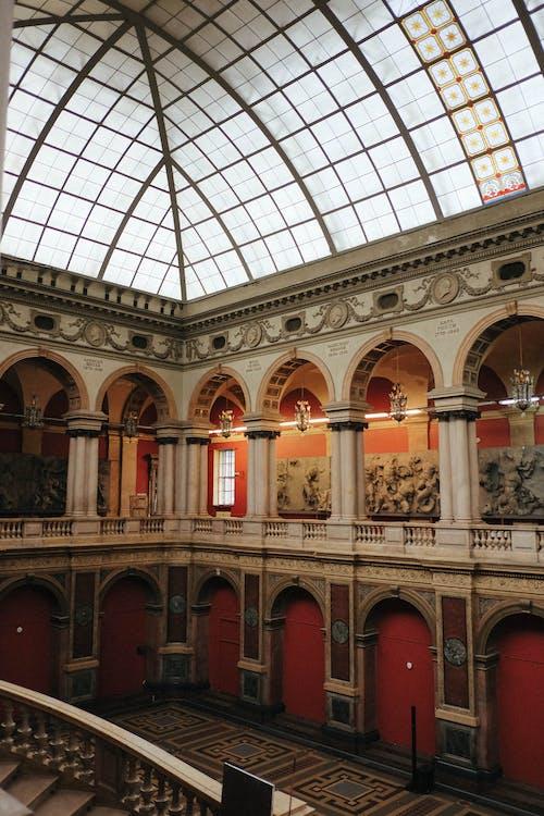Gratis stockfoto met architectuur, artwork, balkon