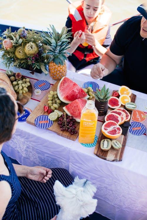 Foto profissional grátis de abacaxi, alimento, amigo