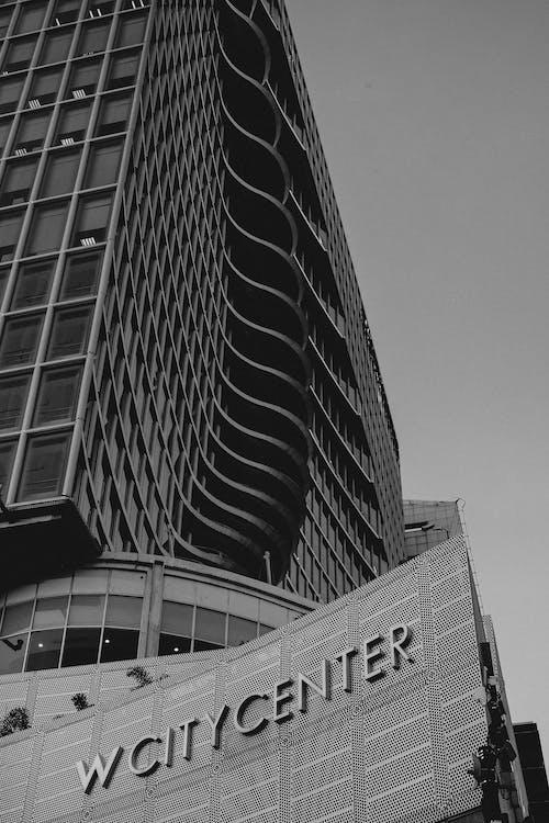 Gratis stockfoto met appartement, architectuur, balkon