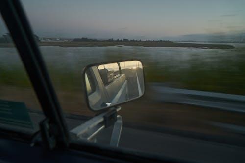 Foto profissional grátis de água, ao ar livre, automóvel, borrão