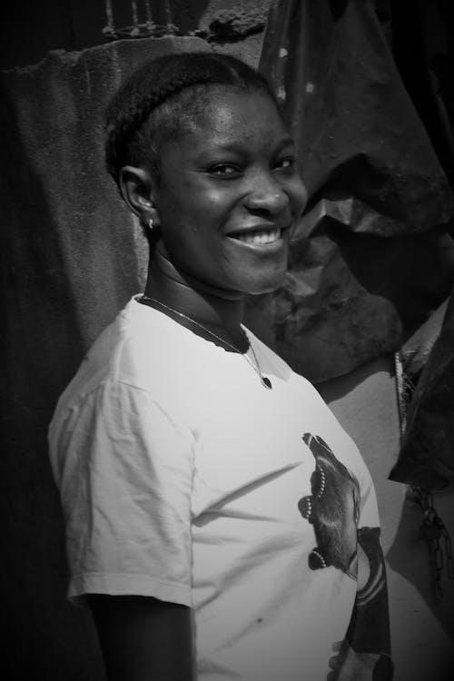 คลังภาพถ่ายฟรี ของ femme africaine, ยิ้ม, สไมลี, หน้ายิ้ม