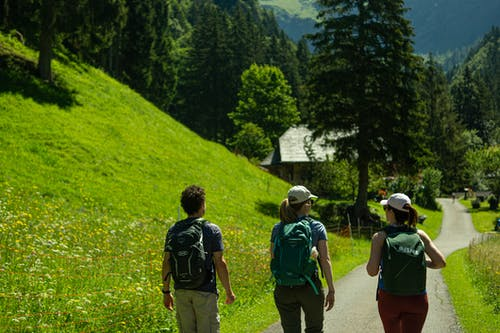 Kostenloses Stock Foto zu berge, natur, rucksack, tourismus