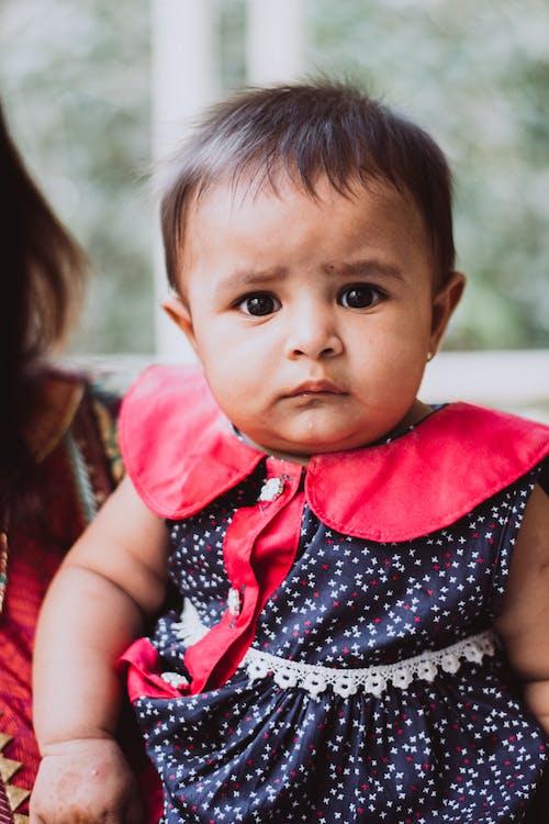 Gratis lagerfoto af ansigtsudtryk, baby, barn, dagslys