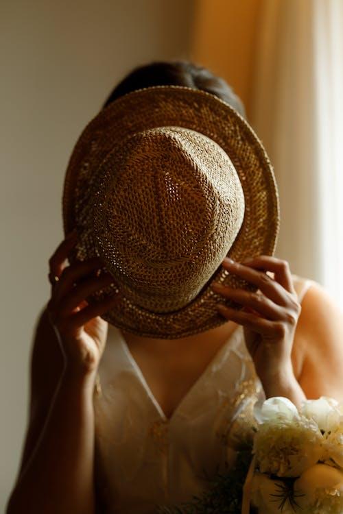 Foto profissional grátis de adulto, ao ar livre, Bride
