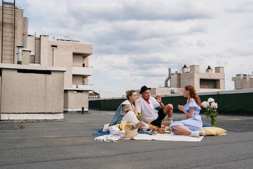Foto stok gratis atap, berkumpul, bersama