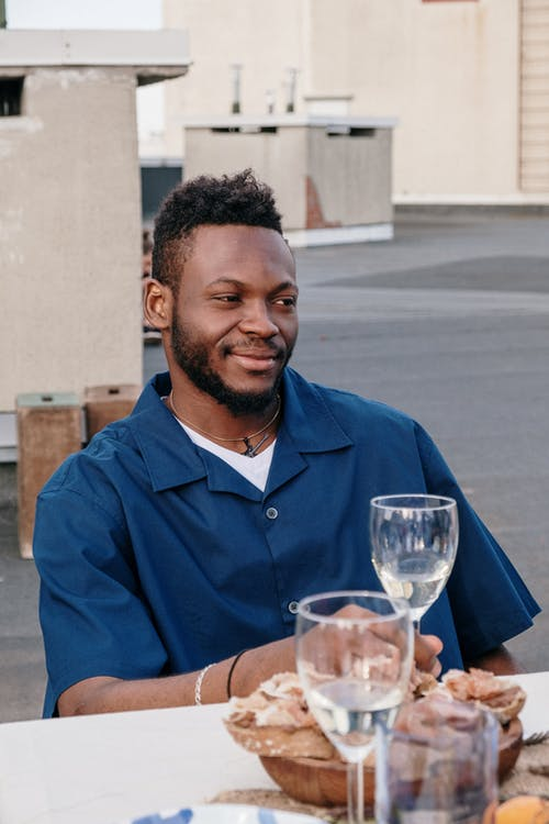 açık hava, adam, Afrikalı Amerikalı, akşam yemegi partisi içeren Ücretsiz stok fotoğraf