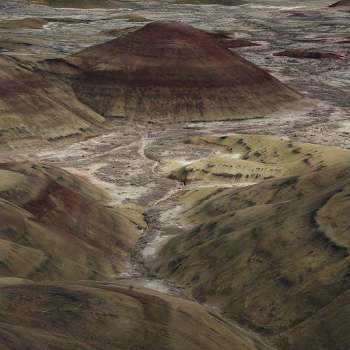 Gratis lagerfoto af bakker, høj ørken, lag, ler