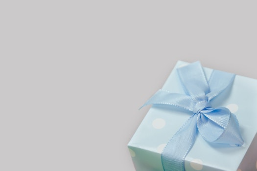 Free stock photo of gift, present, package, ribbon