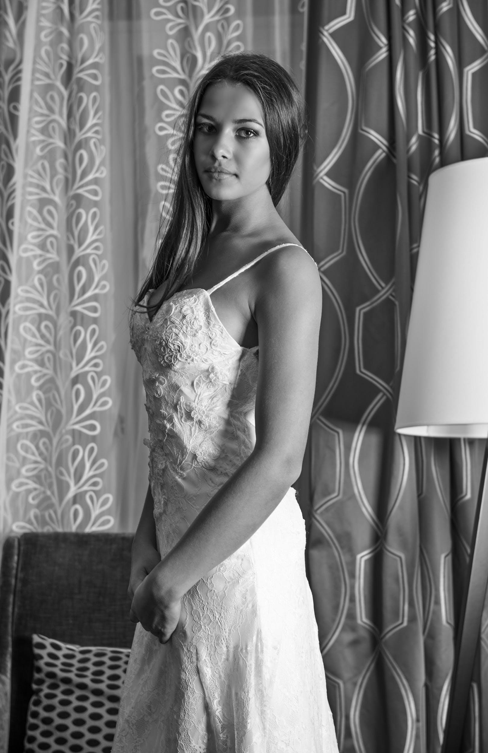 Kostenloses Stock Foto zu elegant, fashion, frau, hübsch