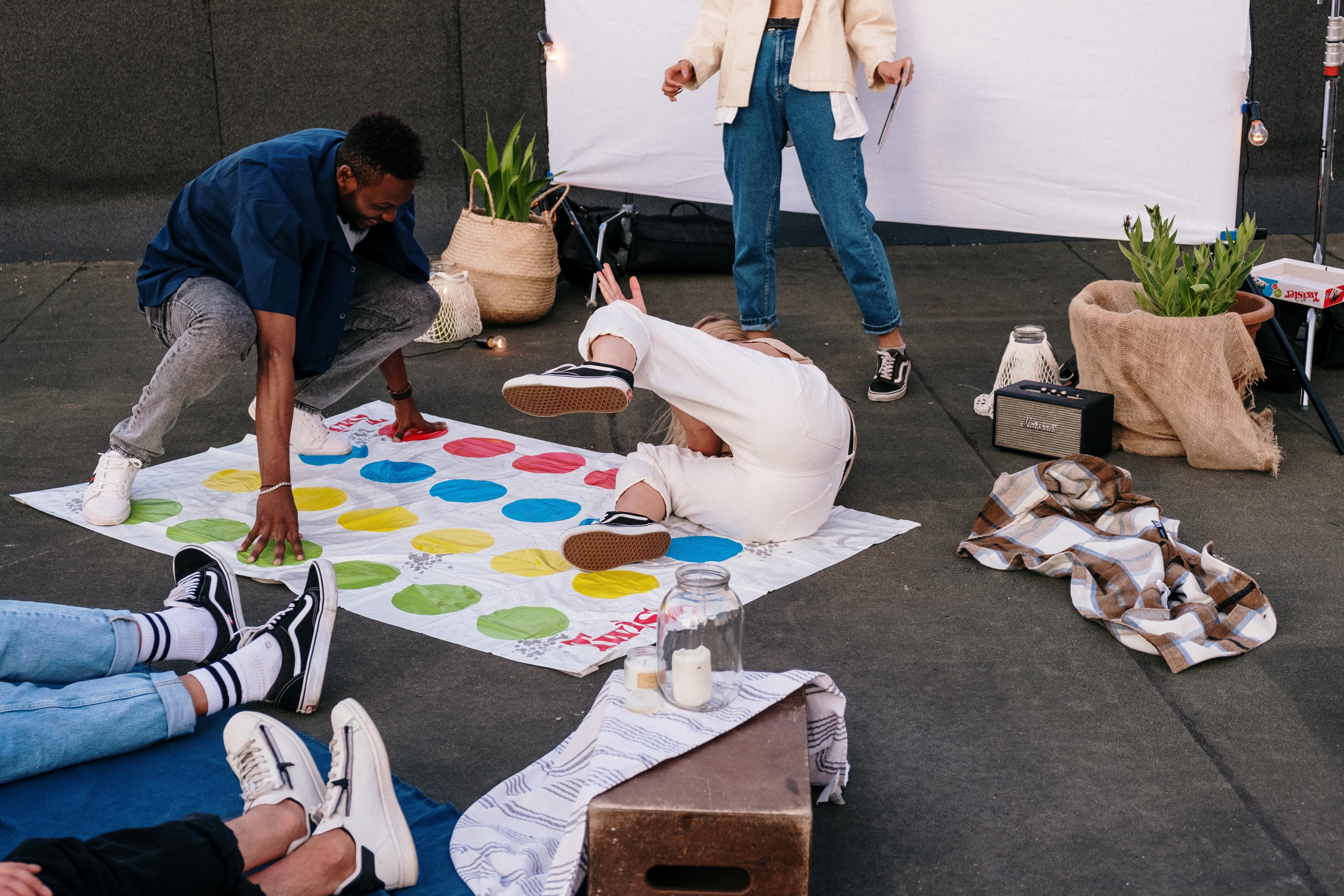 gry zręcznościowe dla dzieci i dorosłych - Twister