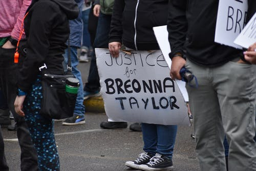 People Protesting Justice for Breonna Taylor