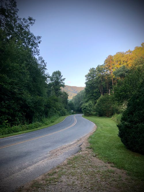 Free stock photo of asphalt road, country road, mountains, north carolina