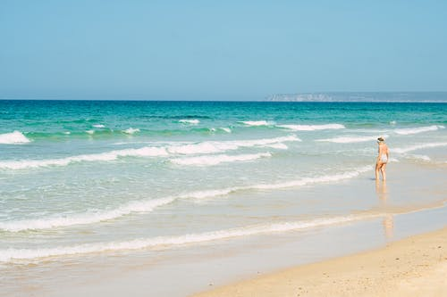 Foto d'estoc gratuïta de aigua, esbarjo, estiu, fer surf
