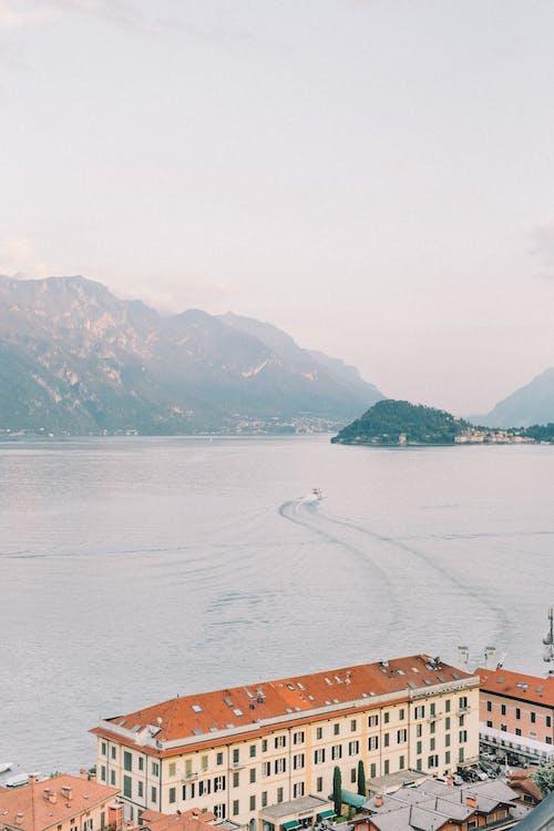 Photos gratuites de architecture, bateau, bord de mer, côte