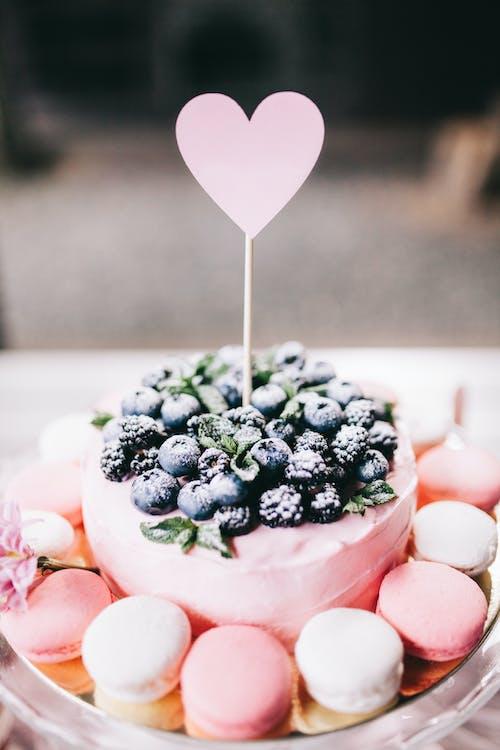 Gratis arkivbilde med bær, bake, bryllup