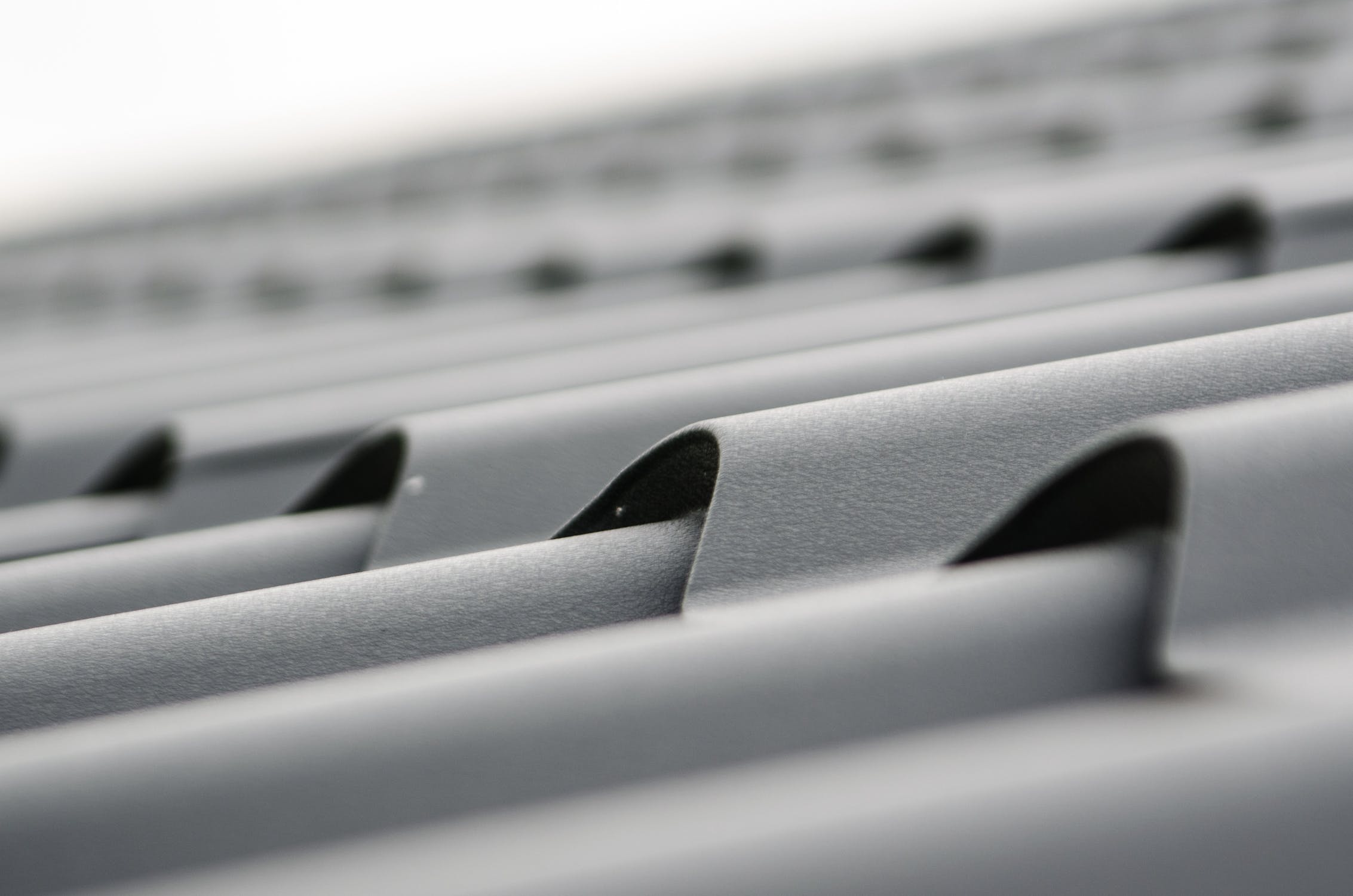 Roofing Maintenance: 4 Before Winter Essentials to Cinch Up