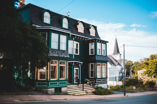 Big modern cottage in suburban district