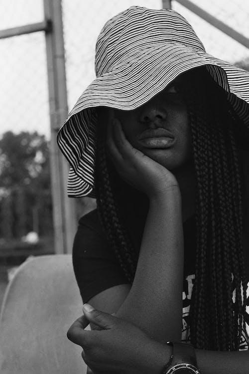 Gratis stockfoto met aanschouwen, Afro-Amerikaanse vrouw, anoniem