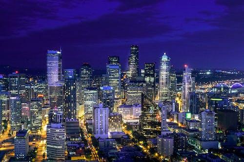 Ingyenes stockfotó alkonyat, belváros, cyberpunk, éjszaka témában