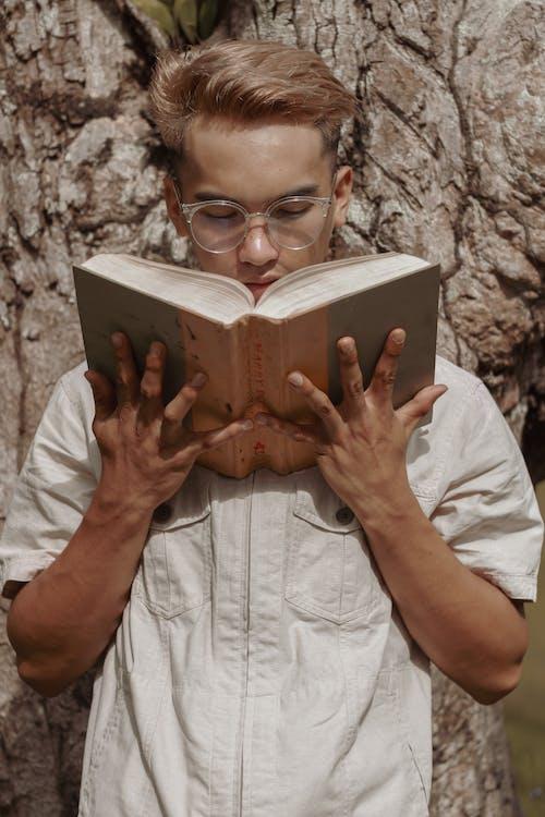 Foto stok gratis arif, baca, belajar