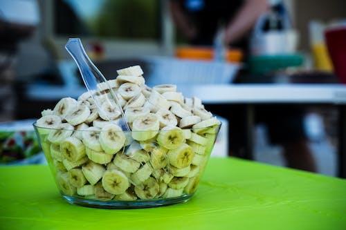 Безкоштовне стокове фото на тему «банан, кубок, миска, сніданок»
