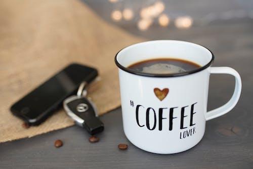 Darmowe zdjęcie z galerii z biznes, cappuccino, ciemny, das leben beginnt nach dem kaffee