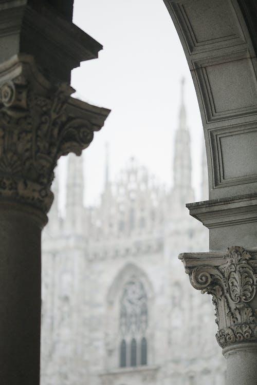 Oude Gotische Kathedraal Met Zuilen