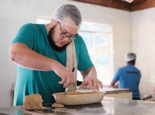 Foto d'estoc gratuïta de adult, àrea da cozinha, art de menjar, Art i manualitats