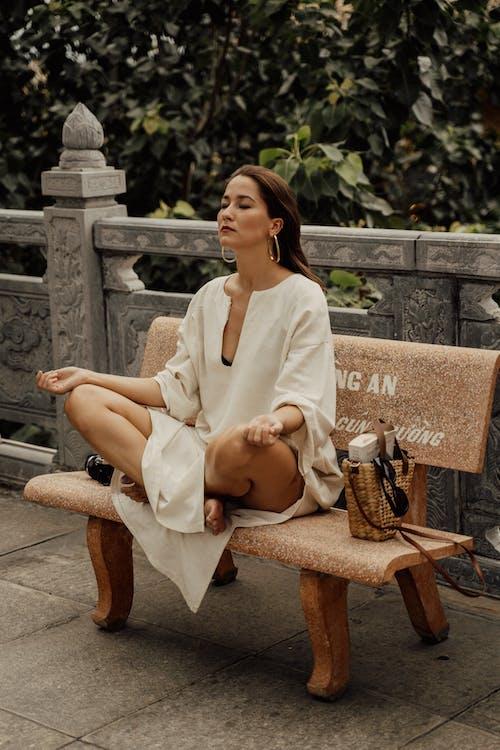 Безкоштовне стокове фото на тему «атмосфера, буддійський храм, вираз обличчя, відпочинок»