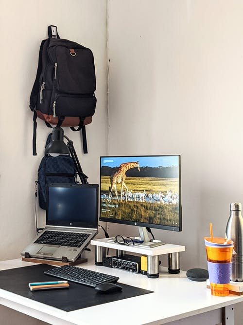 Základová fotografie zdarma na téma domácí kancelář, firma, kancelářský stůl, kancelářský stůl