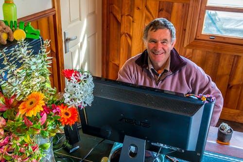 Free stock photo of beautiful smile, flowers, tasmania