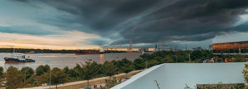 Gratis stockfoto met architectuur, boot, brug, buiten