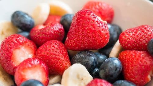 Free stock photo of banana, berries, blueberries, bowl of fruits