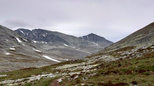 多雲的, 山, 山峰 的 免費圖庫相片