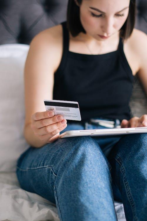 Ingyenes stockfotó álló kép, bank kártya, bankkártya témában