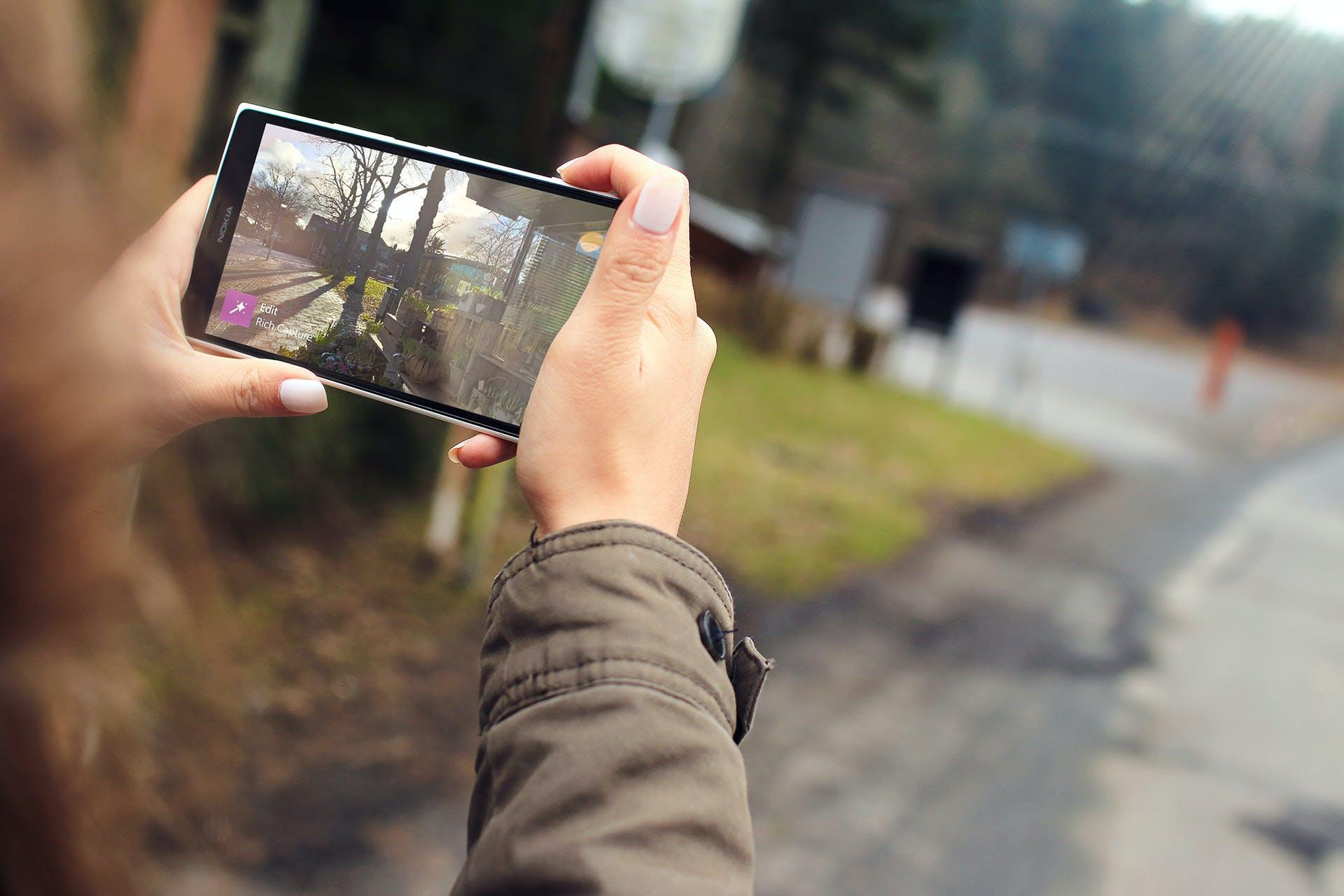 Gratis stockfoto met aanraken, beeld, foto, foto nemen