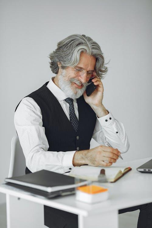 人, 商業, 坐, 室內 的 免費圖庫相片