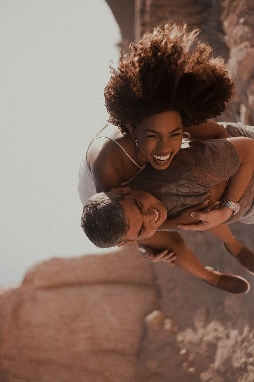 Ilmainen kuvapankkikuva tunnisteilla brincadeira, carinho, casamento, diversão