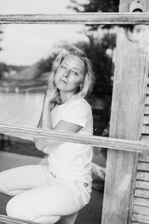Photos gratuites de actrice, adulte, barrière, clôture