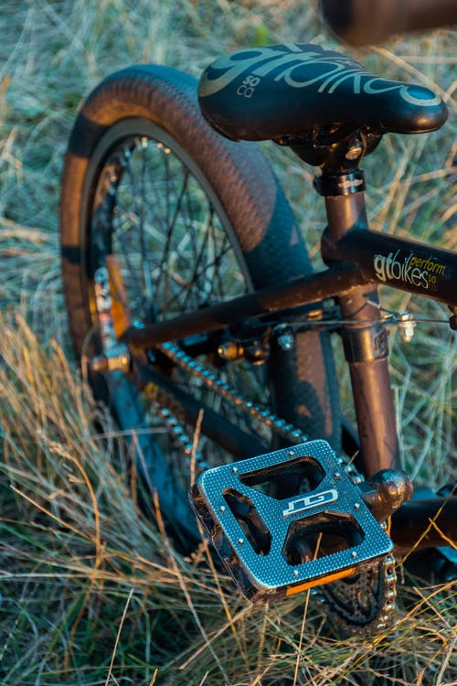 Gratis arkivbilde med bmx, forlatt, fritid, grønn sykkel