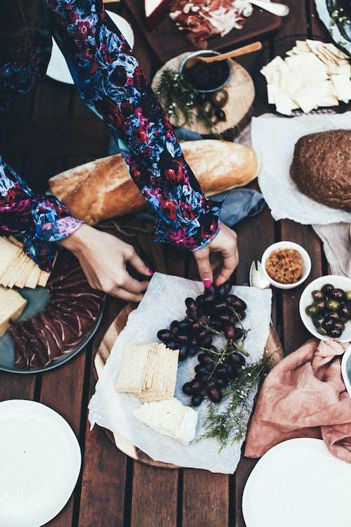 Ảnh lưu trữ miễn phí về ăn, bàn, bánh mỳ