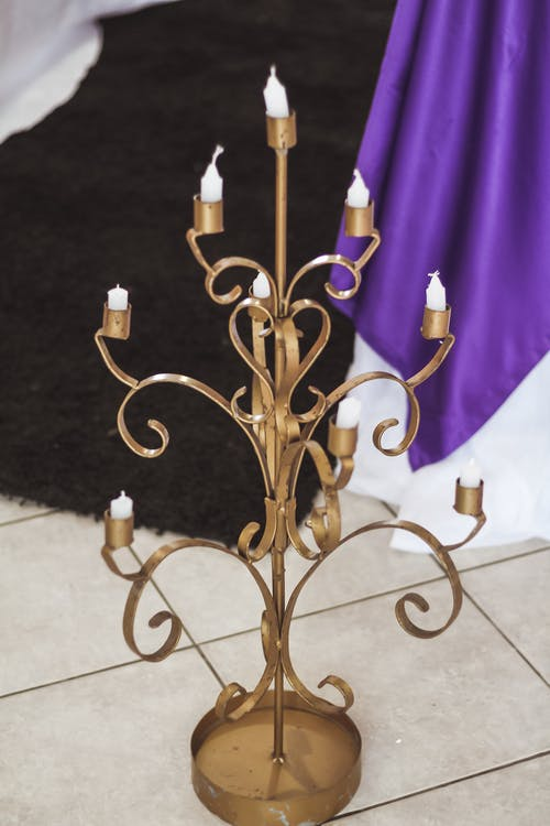 Gold 3 Candle Holder With Candles