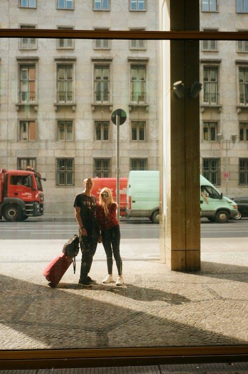 Fotobanka sbezplatnými fotkami na tému architektúra, batožina, budova, celá dĺžka