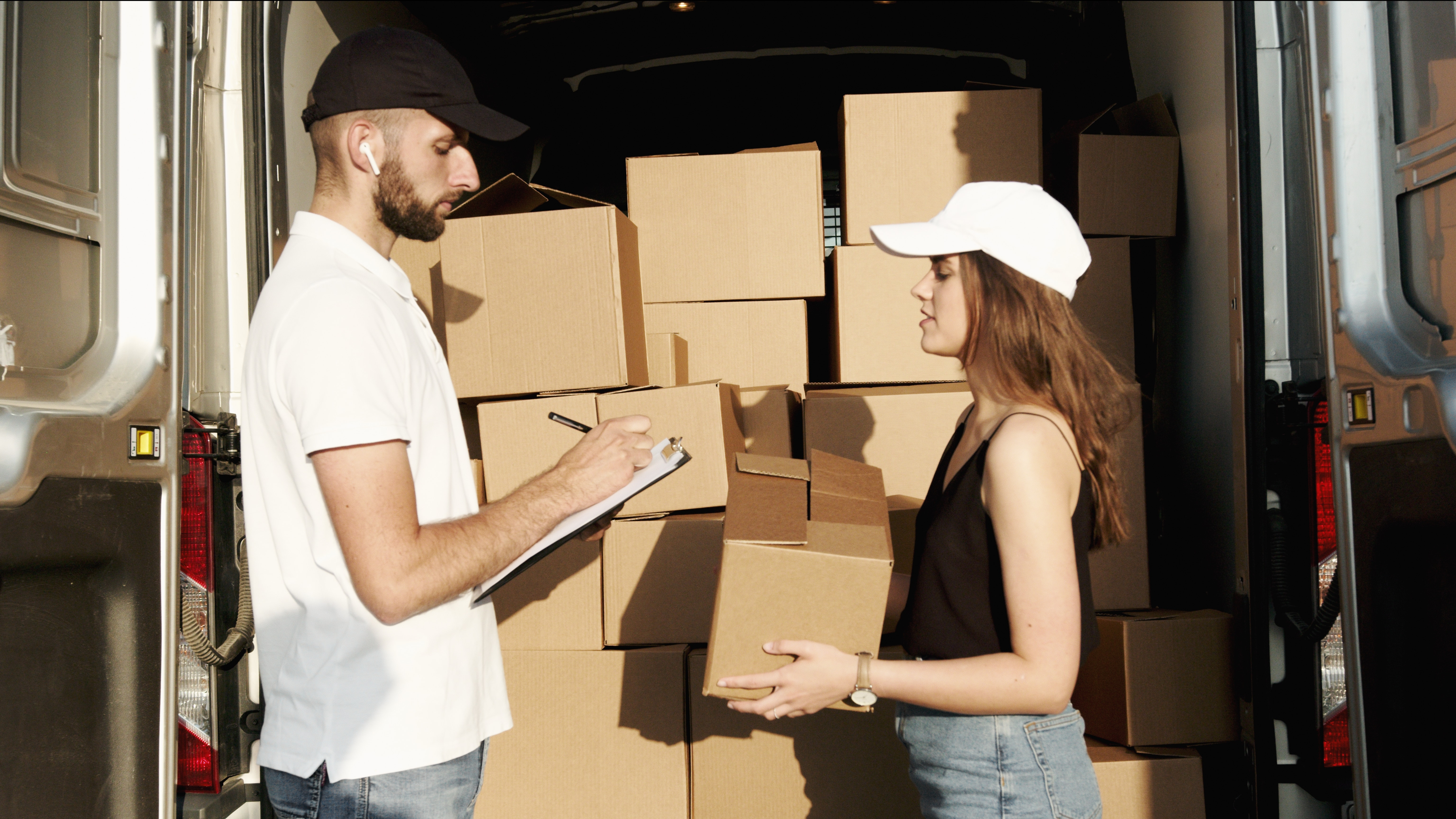 Removalists Brisbane Southside,Moving during festivals – Know the rules!