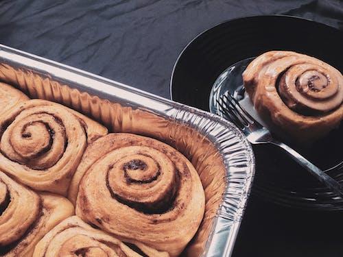 Free stock photo of breakfast flatlay, cinnamon, cinnamon rolls