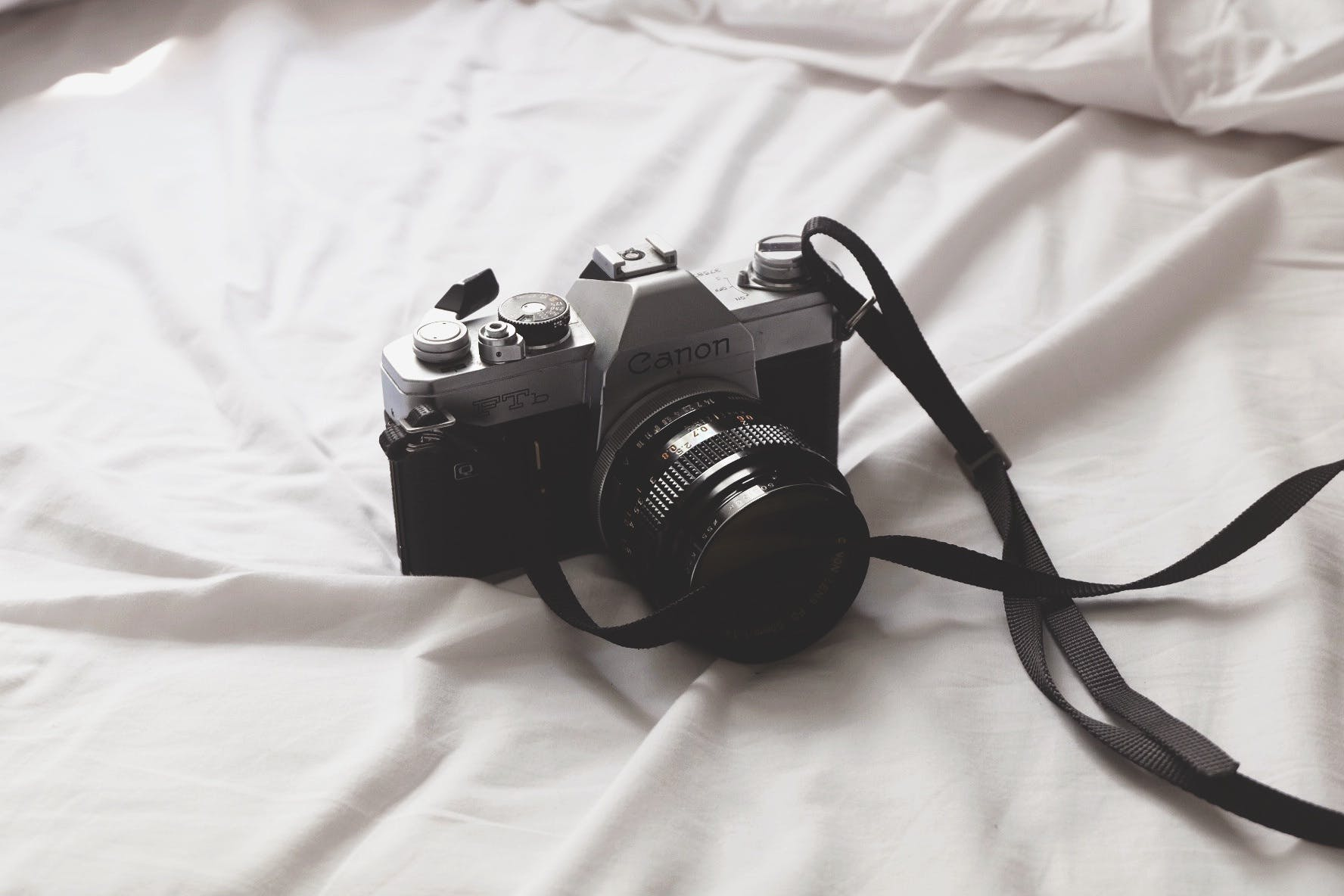 Free stock photo of camera, photography, professional, dslr