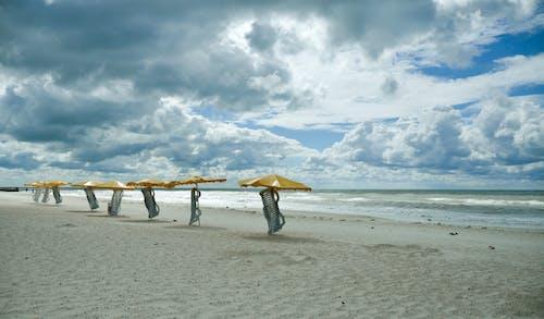 Gratis lagerfoto af afslapning, bølge, ensomhed, ferie
