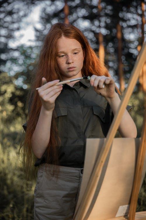 Fotos de stock gratuitas de adolescente, adulto, al aire libre, bonita