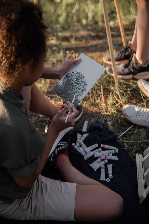 Fotos de stock gratuitas de adolescente, adulto, al aire libre, amor